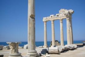 Der Apollon Tempel in Side an der Türkischen Riviera