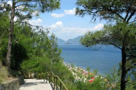 Wandern an der Küste der Türkei